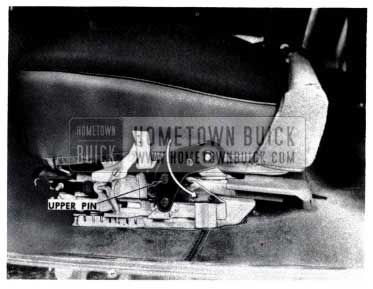 1953 Buick Remove Seat Adjuster Actuatating Plate