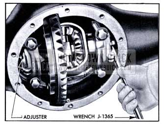 1951 Buick Adjusting Differential Bearings