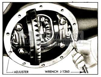 1952 Buick Adjusting Differential Bearings