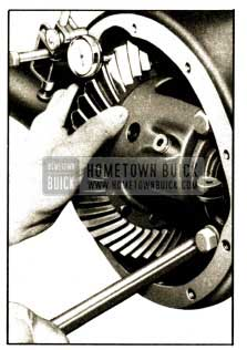 1952 Buick Checking Back Lash with Dial Indicator