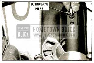 1953 Buick Lubrication of Horn Cable Connector