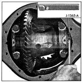 1954 Buick Adjusting Differential Bearings