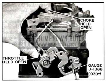 1957 Buick Checking Secondary Contour Adjustment