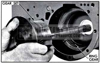 1957 Buick Removing Planetary Gear Set