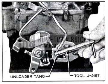1958 Buick Adjusting Choke Unloader