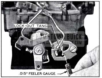 1958 Buick Checking Secondary Lock-Out Adjustment