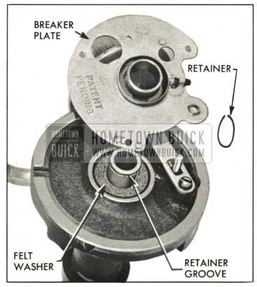 1959 Buick Installing Breaker Plate and Retainer
