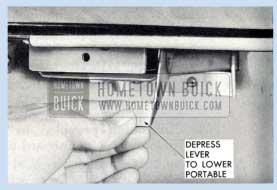 1959 Buick Portable Radio Release