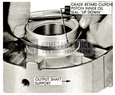 1959 Buick Triple Turbine Transmission - Check Output Shaft Support