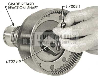 1959 Buick Triple Turbine Transmission - Examine Front Grade Retard Reaction Shaft Bushing