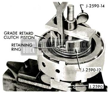 1959 Buick Triple Turbine Transmission - Install Grade Retard Clutch Spring