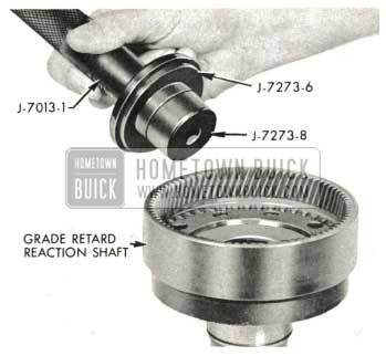 1959 Buick Triple Turbine Transmission - Install Grade Retard Reaction Shaft