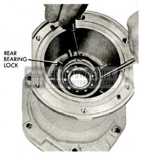 1959 Buick Triple Turbine Transmission - Install Rear Bearing Lock