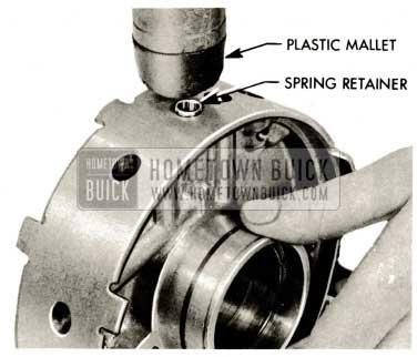 1959 Buick Triple Turbine Transmission - Pressure Regulator Spring Retainer Flush