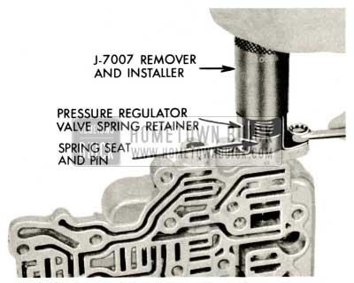 1959 Buick Triple Turbine Transmission - Remove Pressure Regulator