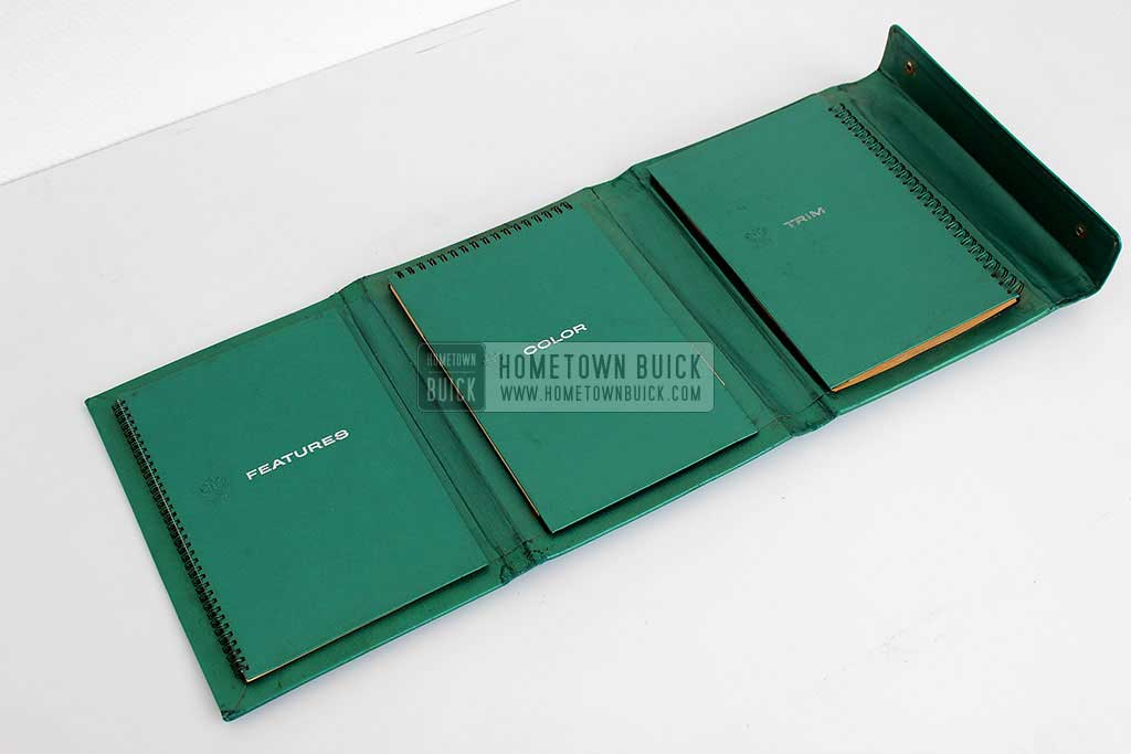 1959 Buick Showroom Album & Fabrics Book 04