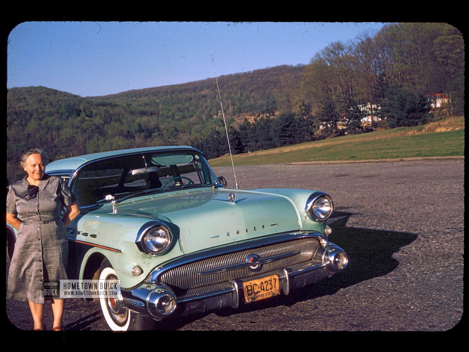 1957 Buick (001)