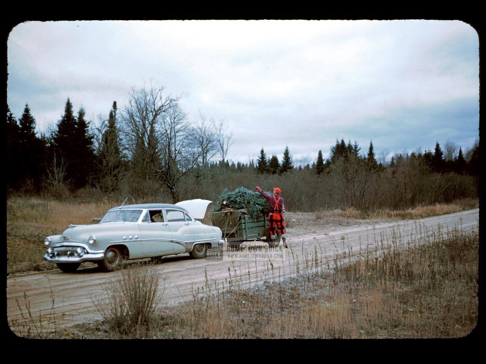 1951 Buick Super Sedan (001)
